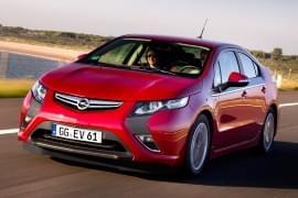 Opel Ampera da davanti