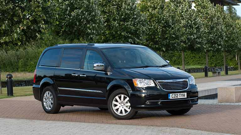 chrysler grand voyager comprare o vendere auto usate o nuove autoscout24. Black Bedroom Furniture Sets. Home Design Ideas