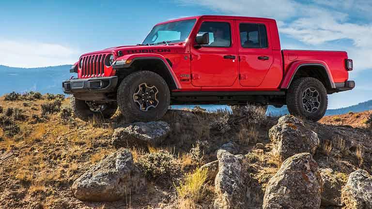 Jeep Gladiator Informazioni Tecniche Prezzo Allestimenti