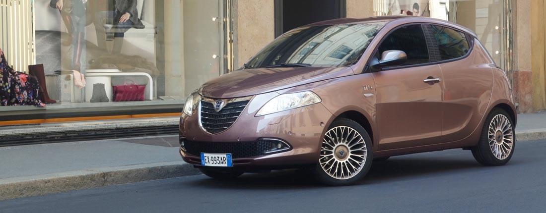 Lancia ypsilon informazioni tecniche prezzo allestimenti autoscout24 - Lancia y diva rosa ...