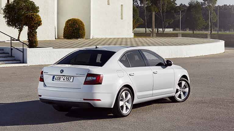 skoda octavia informazioni tecniche prezzo. Black Bedroom Furniture Sets. Home Design Ideas