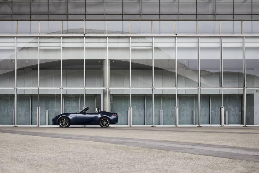 Mazda MX-5 2021: continua evoluzione di un mito