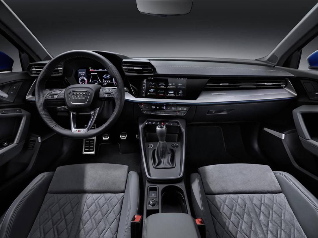 w7YjYpJTTV68fjiQTOAKu-878e7cf88faeaf916220b3542de0918c-A3_Sportback_2020_-_interni-1100 Nuova A3 Sportback: quarta generazione della compatta dei quattro anelli Motori Auto